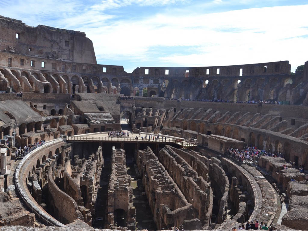 L'interno del Colosseo